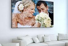 Mosaico sobre lienzo sobre sofa